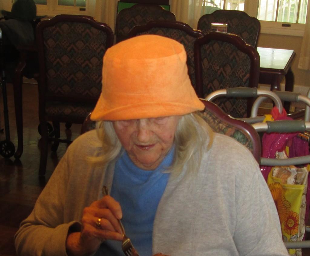 Crazy Hat Leona