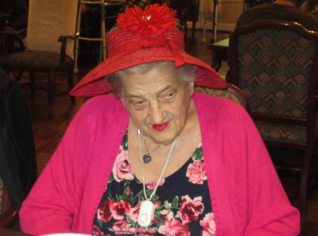 Crazy Hat Rena